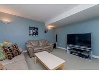 "Photo 16: 17938 70 Avenue in Surrey: Cloverdale BC House for sale in ""PROVINCTON"" (Cloverdale)  : MLS®# R2308113"