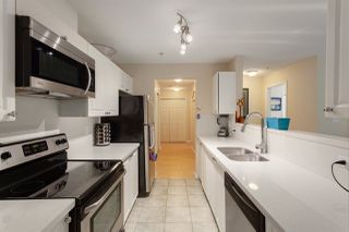 """Photo 4: 111 519 TWELFTH Street in New Westminster: Uptown NW Condo for sale in """"KINGSGATE"""" : MLS®# R2308990"""