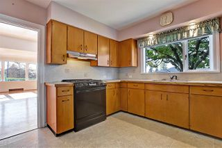 Photo 7: 194 W QUEENS Road in North Vancouver: Upper Lonsdale House for sale : MLS®# R2318031