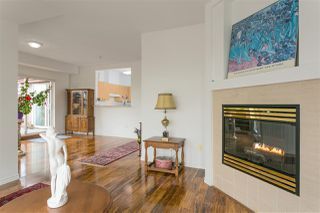 "Photo 2: 407 580 TWELFTH Street in New Westminster: Uptown NW Condo for sale in ""THE REGENCY"" : MLS®# R2322391"