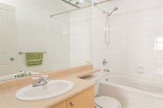 "Photo 14: 407 580 TWELFTH Street in New Westminster: Uptown NW Condo for sale in ""THE REGENCY"" : MLS®# R2322391"