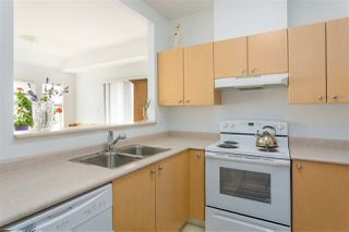 "Photo 7: 407 580 TWELFTH Street in New Westminster: Uptown NW Condo for sale in ""THE REGENCY"" : MLS®# R2322391"