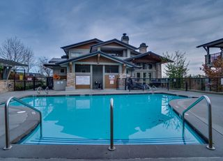 Photo 18: 508 3050 DAYANEE SPRINGS BL in Coquitlam: Westwood Plateau Condo for sale : MLS®# R2322573