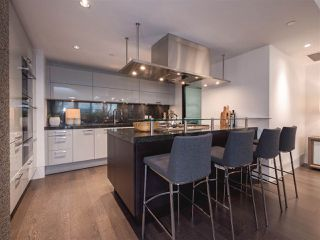 "Photo 6: 1510 HOMER Mews in Vancouver: Yaletown Townhouse for sale in ""THE ERICKSON"" (Vancouver West)  : MLS®# R2334028"