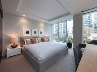 "Photo 14: 1510 HOMER Mews in Vancouver: Yaletown Townhouse for sale in ""THE ERICKSON"" (Vancouver West)  : MLS®# R2334028"