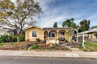 Photo 2: UNIVERSITY HEIGHTS House for sale : 3 bedrooms : 1012 Johnson Ave in San Diego