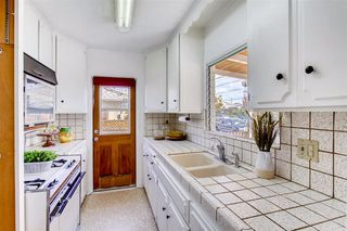 Photo 11: UNIVERSITY HEIGHTS House for sale : 3 bedrooms : 1012 Johnson Ave in San Diego