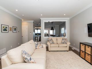 "Photo 7: 21153 77B Avenue in Langley: Willoughby Heights Condo for sale in ""Yorkson Shaunessy Mews"" : MLS®# R2338148"