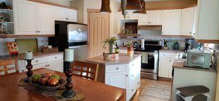 Photo 5: 11807 11 Avenue in Edmonton: Zone 16 House for sale : MLS®# E4145092