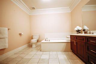 Photo 25: 1492 Welbourn Drive in Edmonton: Zone 20 House for sale : MLS®# E4151344