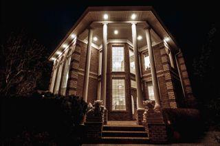 Photo 2: 1492 Welbourn Drive in Edmonton: Zone 20 House for sale : MLS®# E4151344