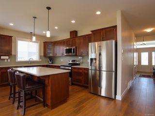 Photo 2: 4055 CHANCELLOR Crescent in COURTENAY: CV Courtenay City House for sale (Comox Valley)  : MLS®# 810986