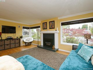 Photo 7: 265 Balfour Place in VICTORIA: Vi Burnside Single Family Detached for sale (Victoria)  : MLS®# 408141