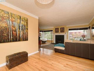 Photo 3: 265 Balfour Place in VICTORIA: Vi Burnside Single Family Detached for sale (Victoria)  : MLS®# 408141