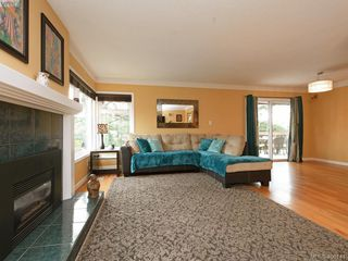 Photo 5: 265 Balfour Place in VICTORIA: Vi Burnside Single Family Detached for sale (Victoria)  : MLS®# 408141