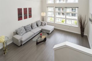 """Photo 2: 516 9168 SLOPES Mews in Burnaby: Simon Fraser Univer. Condo for sale in """"VERITAS BY POLYGON"""" (Burnaby North)  : MLS®# R2363311"""