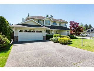 Photo 2: 12622 24A Avenue in Surrey: Crescent Bch Ocean Pk. House for sale (South Surrey White Rock)  : MLS®# R2368822