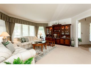 Photo 4: 12622 24A Avenue in Surrey: Crescent Bch Ocean Pk. House for sale (South Surrey White Rock)  : MLS®# R2368822
