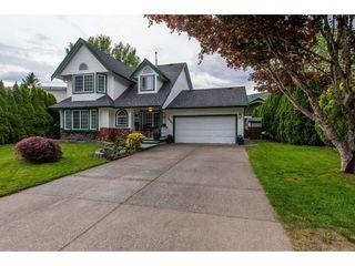 Photo 1: 7535 LAUREL Place: Agassiz House for sale : MLS®# R2371543