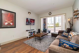 Photo 8: 205 6875 DUNBLANE Avenue in Burnaby: Metrotown Condo for sale (Burnaby South)  : MLS®# R2374444