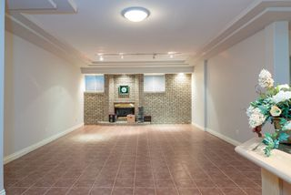 Photo 15: 218 SICAMOUS Place in Coquitlam: Coquitlam East House for sale : MLS®# R2376345