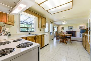"Photo 6: 412 GLENBROOK Drive in New Westminster: Fraserview NW House for sale in ""Fraserview"" : MLS®# R2379279"