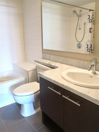 Photo 8: 619 9171 FERNDALE Road in Richmond: McLennan North Condo for sale : MLS®# R2386572