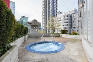 "Photo 17: 1903 1188 W PENDER Street in Vancouver: Coal Harbour Condo for sale in ""Sapphire"" (Vancouver West)  : MLS®# R2387389"