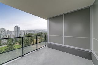 "Photo 12: 2004 3096 WINDSOR Gate in Coquitlam: New Horizons Condo for sale in ""Mantyla by Polygon"" : MLS®# R2397434"