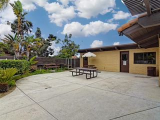 Photo 11: SOUTH SD Manufactured Home for sale : 3 bedrooms : 1011 BEYER WAY #99 in SAN DIEGO