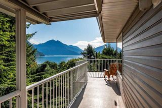 Photo 11: 6960 ROCKWELL Drive: Harrison Hot Springs House for sale : MLS®# R2462377