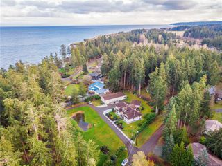 Photo 10: 4410 Brian Rd in : CR Campbell River South House for sale (Campbell River)  : MLS®# 860470