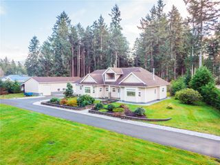 Photo 3: 4410 Brian Rd in : CR Campbell River South House for sale (Campbell River)  : MLS®# 860470