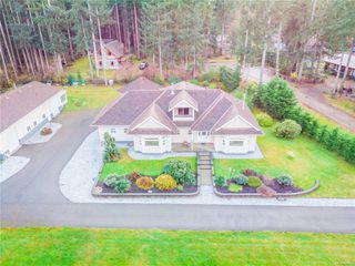 Photo 1: 4410 Brian Rd in : CR Campbell River South House for sale (Campbell River)  : MLS®# 860470