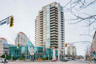 "Photo 1: 1501 612 SIXTH Street in New Westminster: Uptown NW Condo for sale in ""The Woodward"" : MLS®# R2527691"