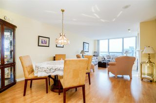 "Photo 8: 1501 612 SIXTH Street in New Westminster: Uptown NW Condo for sale in ""The Woodward"" : MLS®# R2527691"
