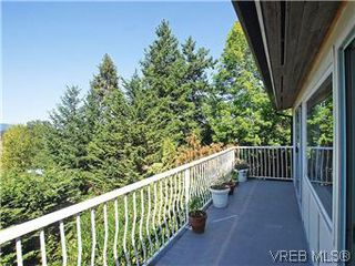 Photo 19: 518 Broadway Street in VICTORIA: SW Glanford Single Family Detached for sale (Saanich West)  : MLS®# 298647