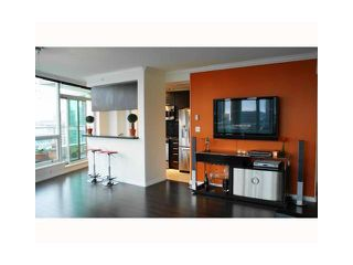 "Photo 3: 3202 1111 W PENDER Street in Vancouver: Coal Harbour Condo for sale in ""VANTAGE"" (Vancouver West)  : MLS®# V926824"