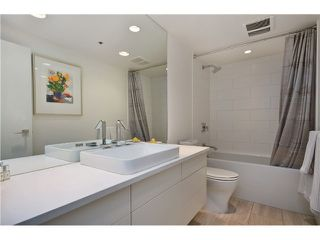 Photo 3: 502 1008 BEACH Avenue in Vancouver: Yaletown Condo for sale (Vancouver West)  : MLS®# V993458