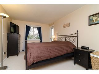 """Photo 9: 104 5577 SMITH Avenue in Burnaby: Central Park BS Condo for sale in """"Cotton Grove in Garden Village"""" (Burnaby South)  : MLS®# V1055670"""