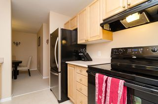 "Photo 10: 104 5577 SMITH Avenue in Burnaby: Central Park BS Condo for sale in ""Cotton Grove in Garden Village"" (Burnaby South)  : MLS®# V1055670"