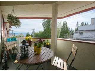 "Photo 15: 304 1381 MARTIN Street: White Rock Condo for sale in ""Chestnut Village"" (South Surrey White Rock)  : MLS®# F1410239"
