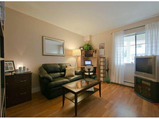 "Photo 7: 304 1381 MARTIN Street: White Rock Condo for sale in ""Chestnut Village"" (South Surrey White Rock)  : MLS®# F1410239"