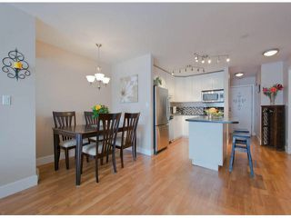 "Photo 6: 304 1381 MARTIN Street: White Rock Condo for sale in ""Chestnut Village"" (South Surrey White Rock)  : MLS®# F1410239"