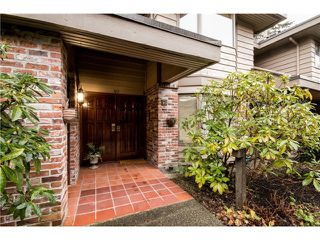 "Main Photo: 40 4900 CARTIER Street in Vancouver: Shaughnessy Townhouse for sale in ""SHAUGHNESSY PLACE II"" (Vancouver West)  : MLS®# V1099546"