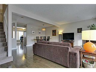 Photo 4: 262 REGAL Park NE in Calgary: Renfrew_Regal Terrace Townhouse for sale : MLS®# C3650275