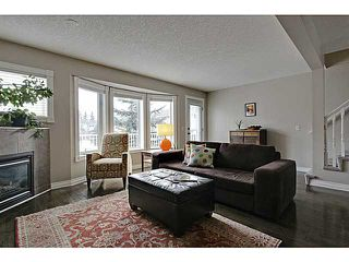 Photo 2: 262 REGAL Park NE in Calgary: Renfrew_Regal Terrace Townhouse for sale : MLS®# C3650275
