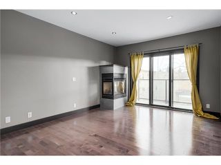 Photo 3: 3 1625 34 Avenue SW in Calgary: Altadore_River Park Townhouse for sale : MLS®# C3651020