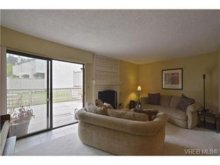 Photo 11: 30 1480 Garnet Road in VICTORIA: SE Cedar Hill Townhouse for sale (Saanich East)  : MLS®# 346473
