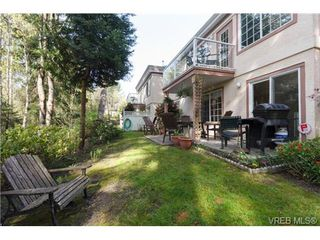 Photo 14: 4 14 Erskine Lane in VICTORIA: VR Hospital Townhouse for sale (View Royal)  : MLS®# 349301